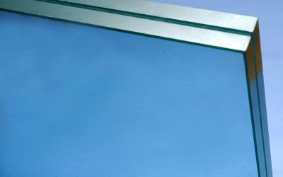 How is laminate glass made